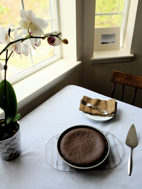 Old-Fashioned Chocolate Cake with Quinoa Flour